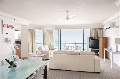 Schoolies Gold Coast Mantra Crown Towers Accommodation