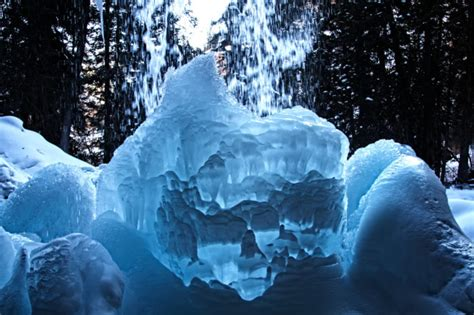 15 Gorgeous Frozen Waterfalls In Colorado That Must Be